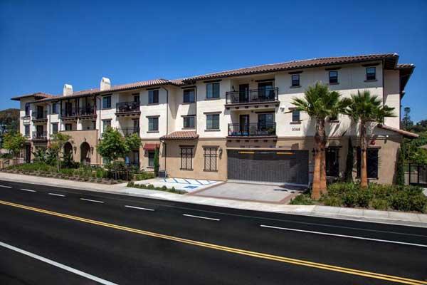 Tavarua Senior Apartments Extrior View2
