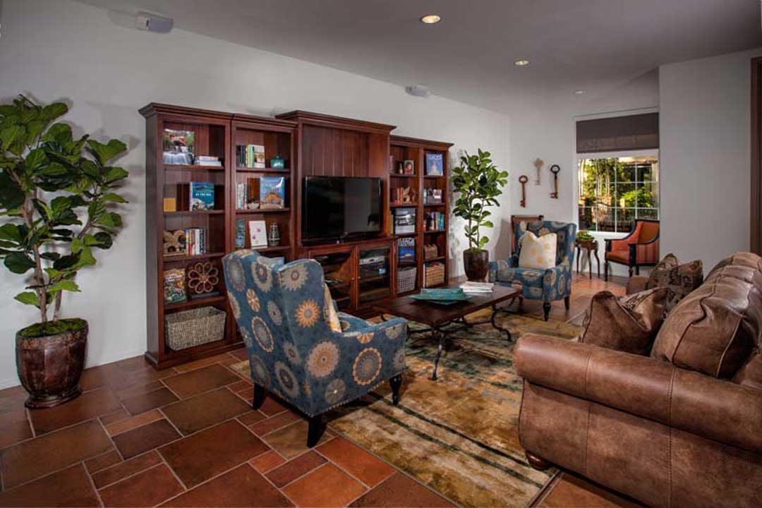 Tavarua Senior Apartments Living room